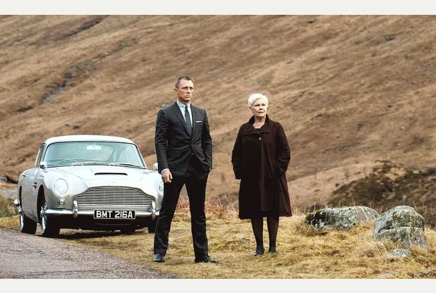 Bond y M
