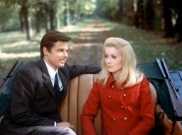 Prod DB ?? Five Film/Paris Film / DR BELLE DE JOUR (BELLE DE JOUR) de Luis Bunuel 1966 FRA/ITA avec Jean Sorel et Catherine Deneuve couple, voiture decapotable, manteau de Yves Saint Laurent